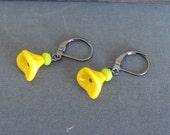 50-21 Children's Yellow Flower Petal Earrings