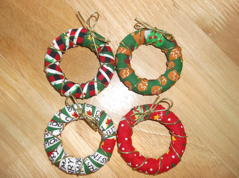 Christmas Napkin Rings Set Of 4 Four Napkin Rings To