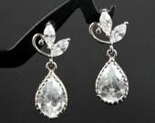 Wedding Jewelry, Bridal Earrings, Bridesmaid Earrings, Cubic Zirconia with Teardrop Crystal, Bridesmaid Gift, Wedding Earrings