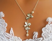 Wedding Jewelry - Triple Orchids Necklace Lariat White Gold And White Swarovski Pearls Wedding Bride Bridesmaids Gift