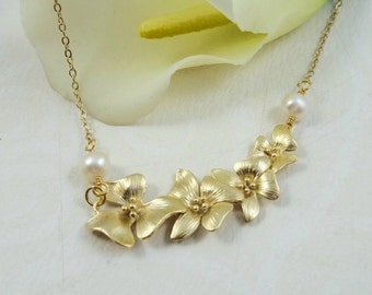 Gold Plumeria Necklace, Freshwater Pearl Necklace, Wedding Jewelry, Bridesmaids Gift, Bridal Jewelry