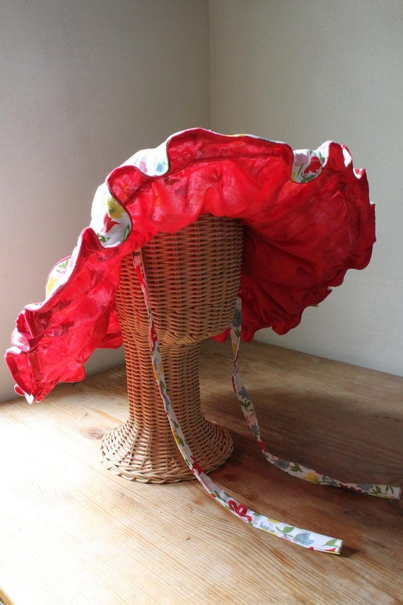 Beach Time - Fabulous and Fun 1950's Wired Floppy Hat with Ties and Big Bow