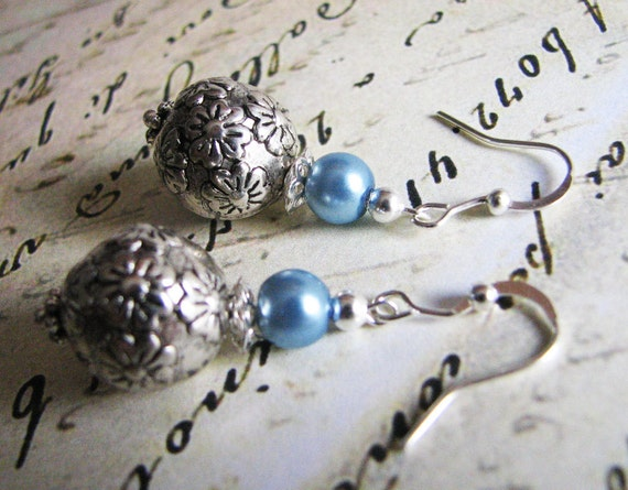 Vintage Flower ... Froshjewels original earrings ...blue, floral, pearl
