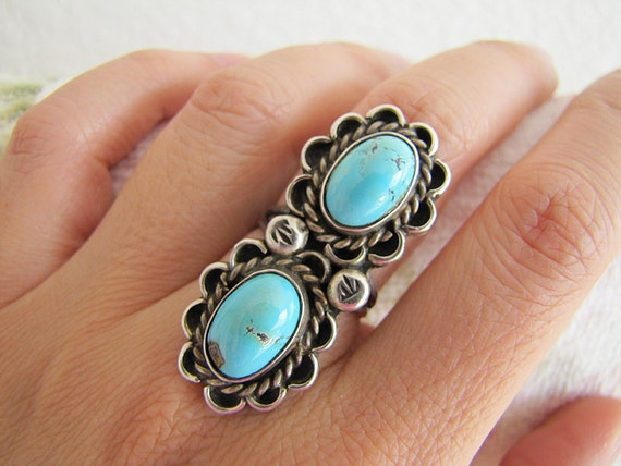 Beautiful Large old primitive handmade Turquoise Elongated Sterling Silver Ring (size 7.5)