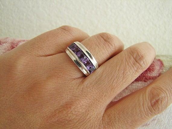 Estate Modern Style Amethyst CZ Princess Cut Channel Set Sterling Silver Ring (Size 5)