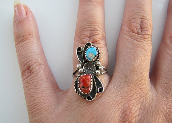 Navajo Sterling silver coral, Turquoise, flower and scroll ring size 5.25 (1970s)