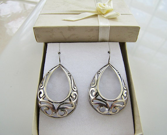 Vintage Large Teardrop Celtic Sterling Silver Earrings (eye catching)