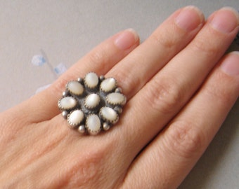 Vintage Mother of Pearl and Silver Ring