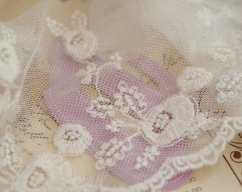 Fabulous Cotton Floral Embroidery Tulle Lace Trim 5 Inches Wide 2 Yards