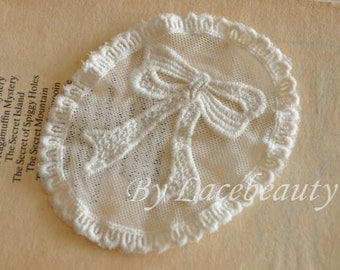 Bow Cotton Embroidery Lace Appliques Off white Oval Appliques 2pcs