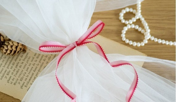 White Wedding Veil Tulle Fabric 63 Inches Wide High Quality 1.3 Yard