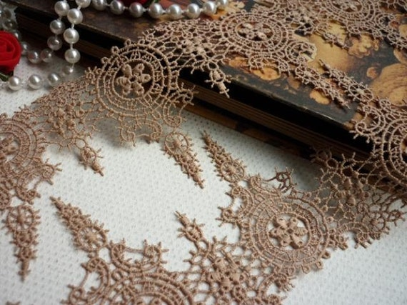 Coffee Venice Lace Trim Vintage Emboridery Lace 2.75 Inches Wide 3.82 yards.