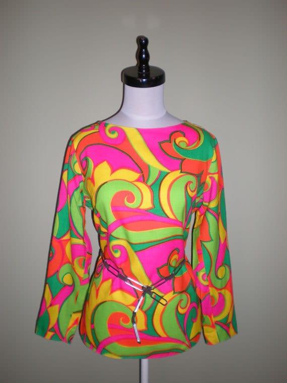 PSYCHEDELIC Blouse 60s Vintage MOD Op Art Tunic Pucci-esque Print S M
