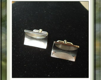Beautiful Vintage Hickok USA Cuff Links