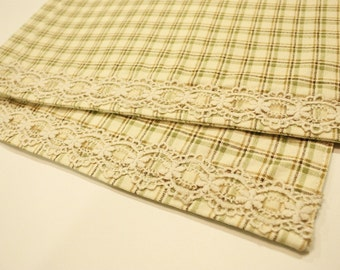 Cream Check Placemats & Coasters