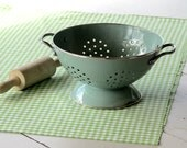 kitchen 1950, french turquoise enamel colander