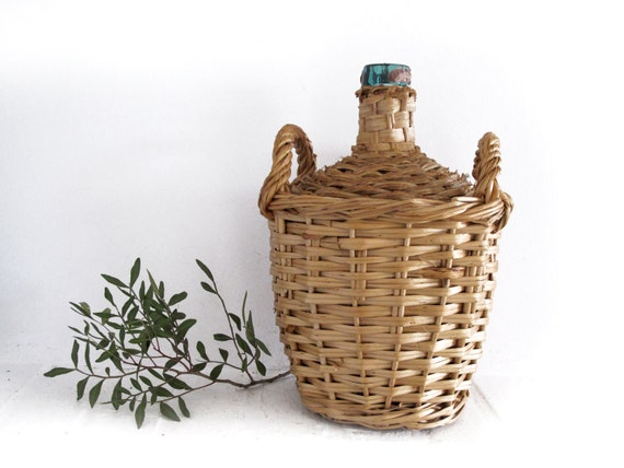 French  wicker wine  bottle ,original  round shaped and pretty handles
