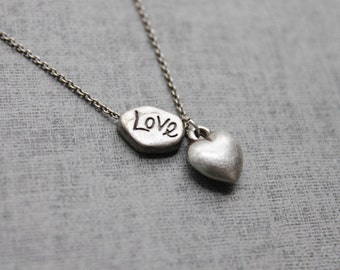 Vintage style cute Heart and LOVE necklace - S2105