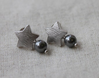 Cute star with dark gray pearl silver post-S1214