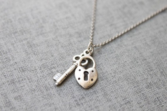 Vintage style cute mini lock and key necklace - S2069