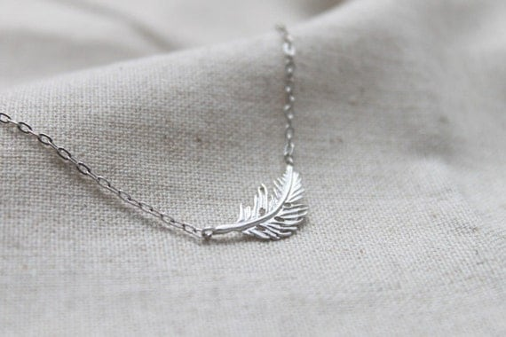 Dainty simple Feather Necklace - S2172-1