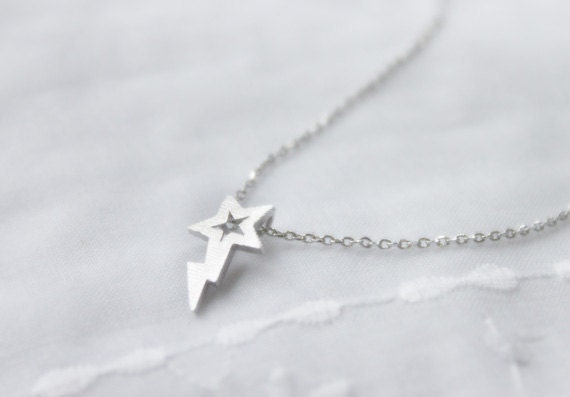 Cute shooting star charm Necklace - S2210-1