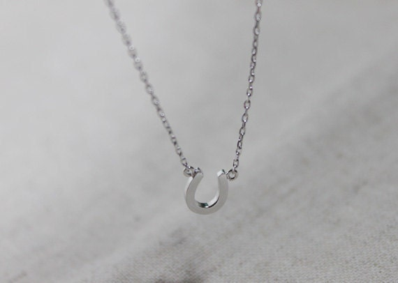 Tiny Horseshoe Necklace - S2225-1