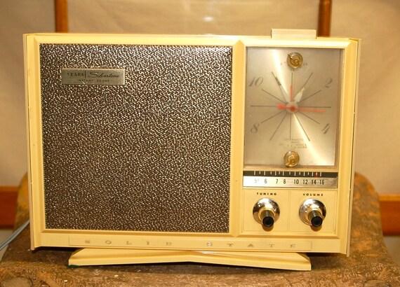 Vintage1950s Sears Silvertone Am Alarm Clock Transistor Radio
