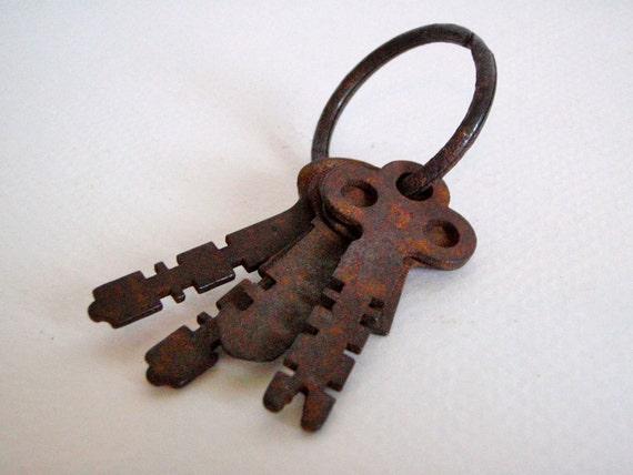 Vintage Key Ring Set of Keys