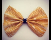 Wood grain yellow hair bow