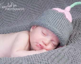 Upsy Daisy Hat - You Choose Colors