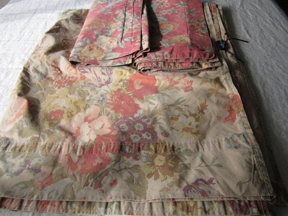 Ralph Lauren full flat sheet and 2 Sheridan pillowcases