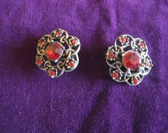 Gorgeous red rhinestone clip earrings