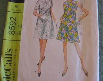 Vintage McCalls dress pattern 8592 size 9