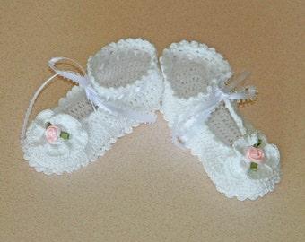 White Crochet Booties / Christening Booties 16007-G