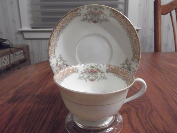Noritake cup and saucer made in occupied Japan circa 1945-1952-  39