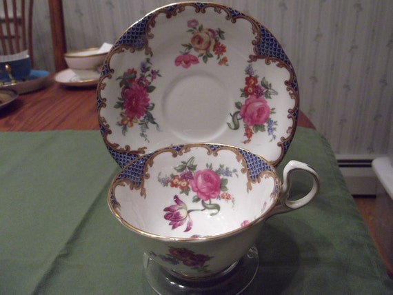 Aynsley cup and saucer circa 1930's-  340