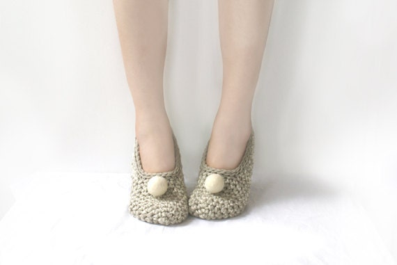 Beige Crochet Slippers with Vanilla Felted Embellishment