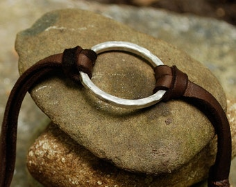 never-ending circle leather and sterling silver bracelet