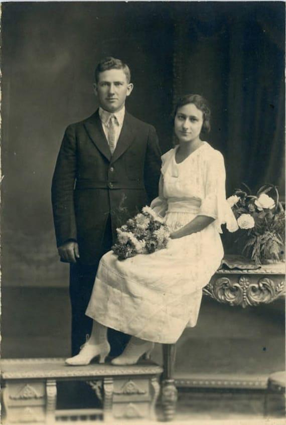"Vintage Photo ""Wedding Day"", Photography, Paper Ephemera, Snapshot, Old Photo, Collectibles"