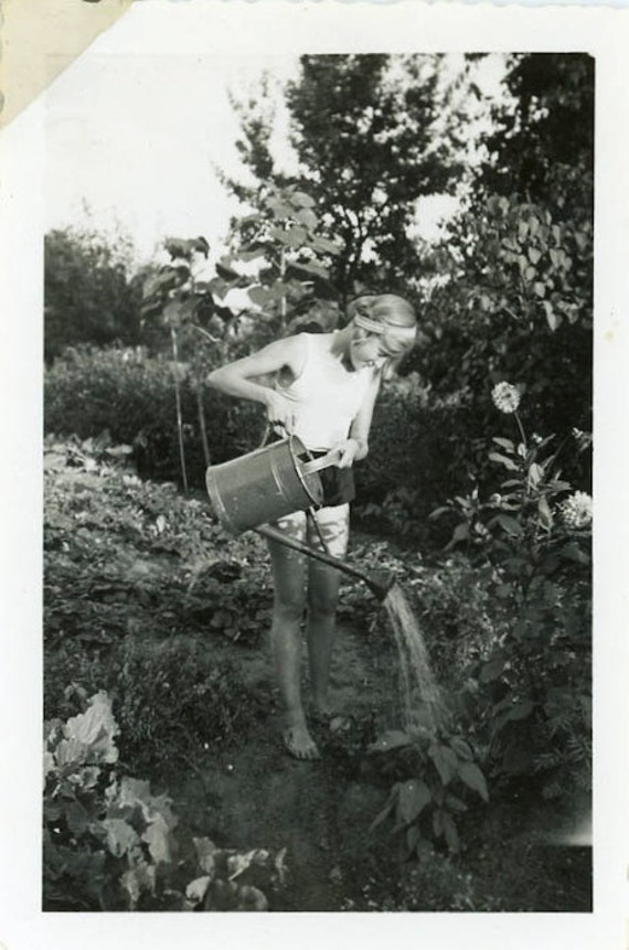 "Vintage Photo ""Garden Fairy"", Photography, Paper Ephemera, Snapshot, Old Photo, Collectibles - BC012"