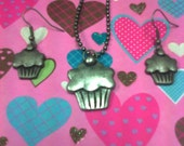 Cupcake Necklace and Earring Set