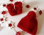 Baby red shoes and hat, made of Italian virgin wool, Christmas idea for babies