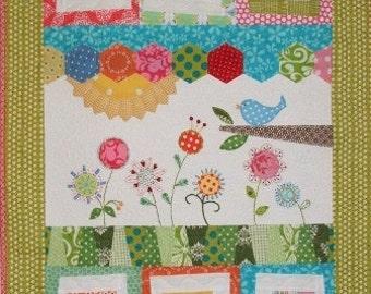 Tessie quilt pattern by under the garden moon by sewmoddesigns for Under the garden moon