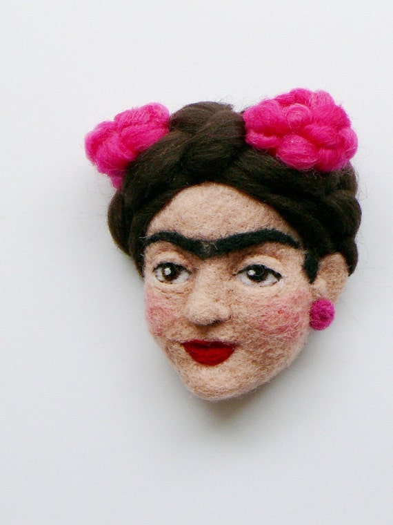Frida Kahlo - needle felted brooch