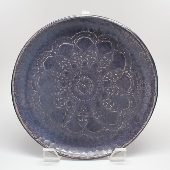 Lace Plate in Satin Purple