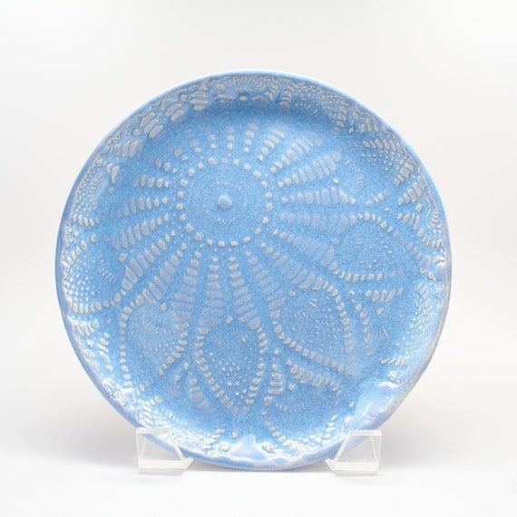 Lace Plate in Lavender Blue