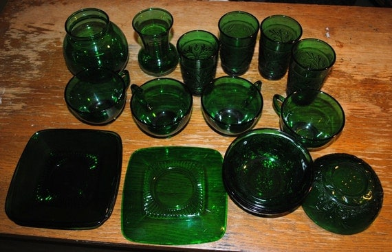 Vintage Green Glass - Anchor Hocking