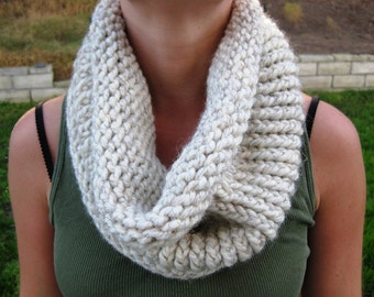 Oatmeal Cream Cowl Scarf, Hand Knit Infinity Scarf, Hand Knit Cowl Scarf, Chunky Scarf, Chunky Knit, Snood, Winter Accessories
