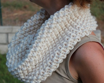Cream Cowl Scarf, Hand Knit Infinity Scarf, Hand Knit Cowl Scarf, Chunky Scarf, Chunky Knit, Snood, Winter Accessories